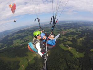 Pärchen Partnerflug im Tandem Gleitschirm