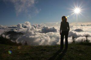 Startplatz Hochries Bayrisches Alpenvorland Wolken