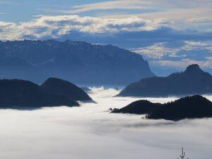 Wolkenstimmung Nebel Wilder Kaiser Wandern Herbst
